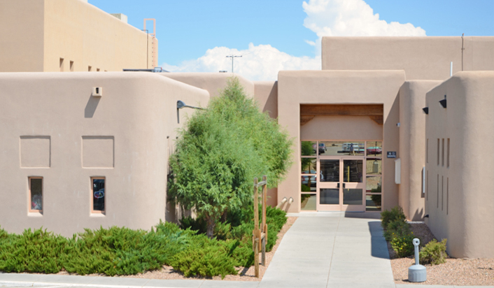 Pueblo Community Room Boys And Girls Club